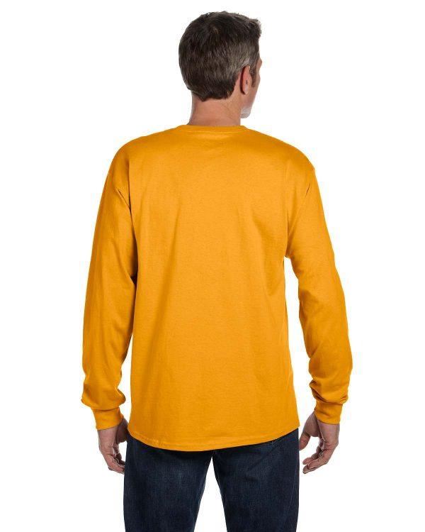 Hanes 5596 Men's Tagless Long-Sleeve Pocket T-Shirt Back